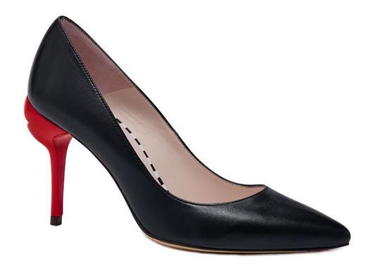 紅唇高跟鞋