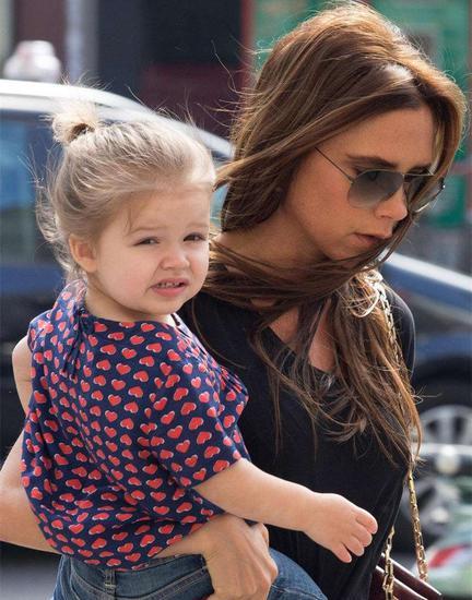 Victoria Beckham为女儿名字注册商标