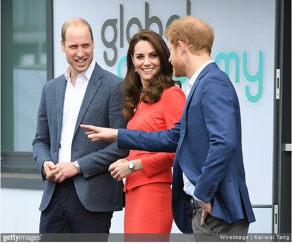 凯特王妃与威廉、哈利王子一同出席活动