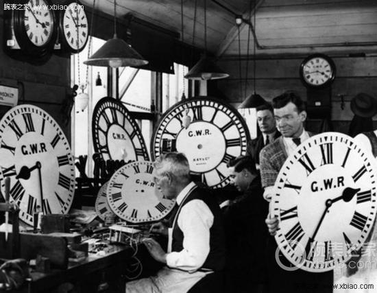 大西方(GWR)等铁路公司非常重视准确计时