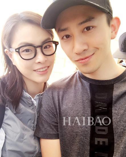 吴敏霞和老公自拍