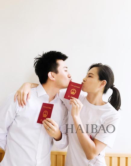 吴敏霞和老公秀恩爱