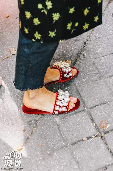 Miu Miu少女心的毛拖鞋