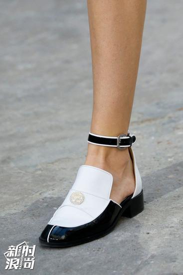 Chanel黑白配色