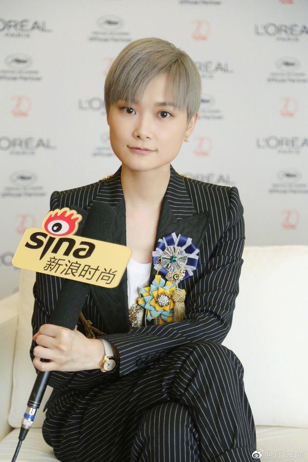 李宇春接受新浪时尚采访