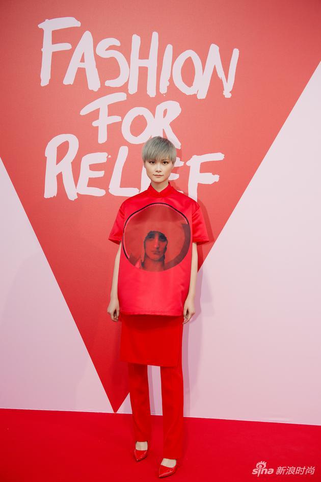李宇春亮相Fashion for Relief红毯