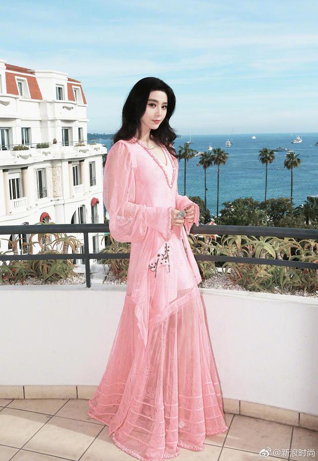 戛纳电影节的华人红毯系列 范爷11套造型收官春春贡献T台首秀 服饰潮流 图11