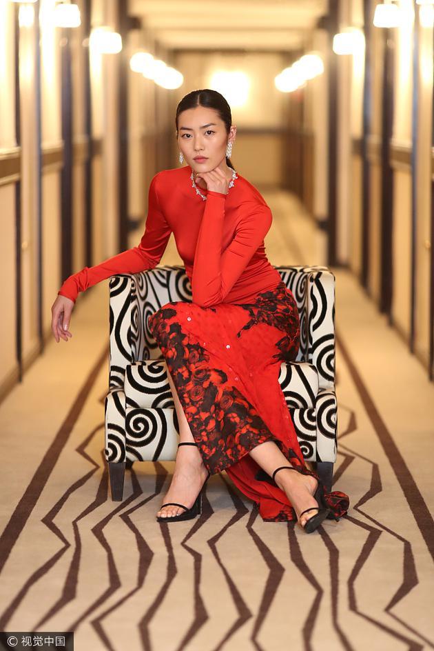 戛纳电影节的华人红毯系列 范爷11套造型收官春春贡献T台首秀 服饰潮流 图41