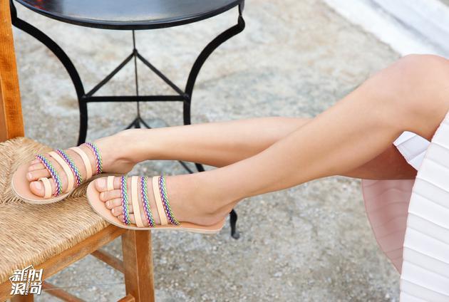 Ancient Greek Sandals时尚大片3