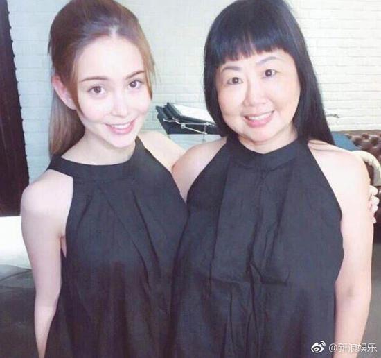 昆凌和妈妈