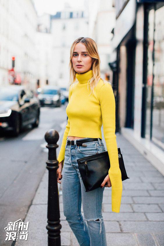 黄色搭配牛仔裤