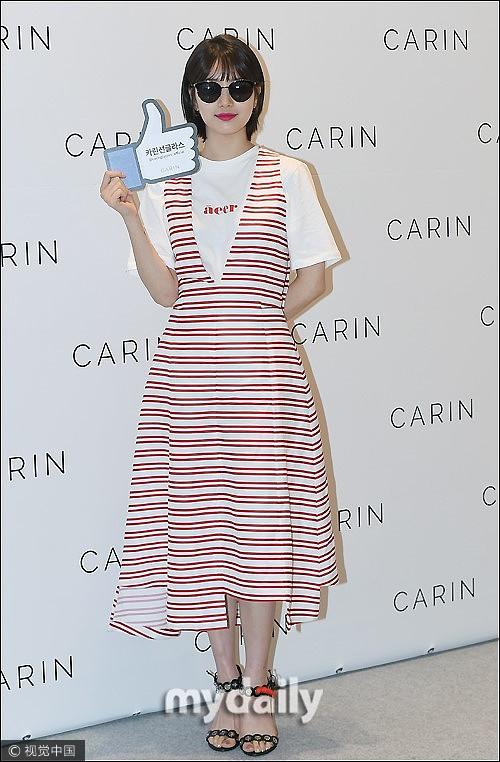 娜扎的背带裙可御姐可萝莉 驾驭各种风格哪怕是性感都不在话下!  风格偶像 图17