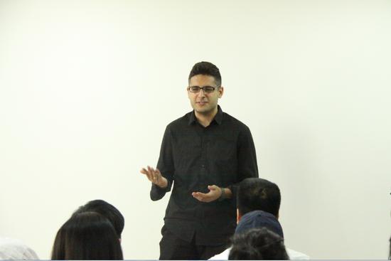 BACA时尚传媒和管理课程导师Aschkan