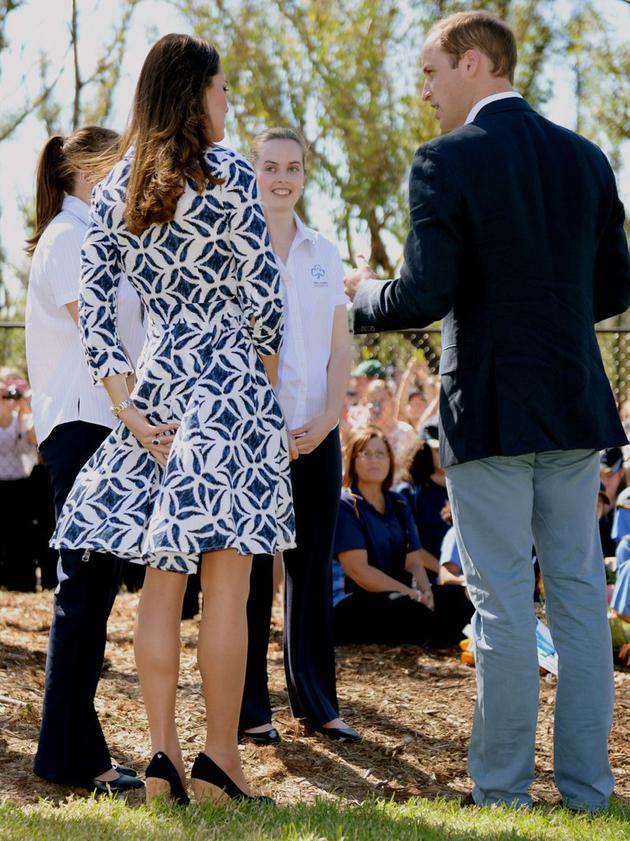 Kate-made-sure-keep-control-her-printed-DVF-dress-she
