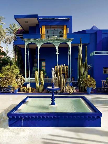 Majorelle花园,马拉喀什中心宁静的避风港,万绿丛中一抹蓝。