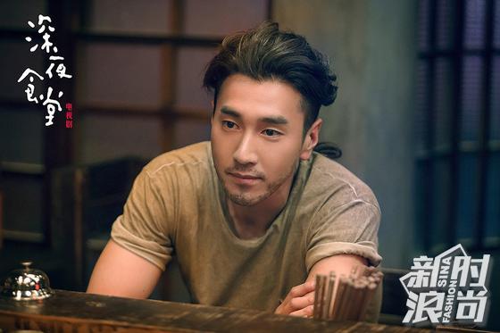"""赵又廷在《深夜食堂》演技不仅能""""整容""""还能""""增肌"""" 娱乐八卦 图12"""