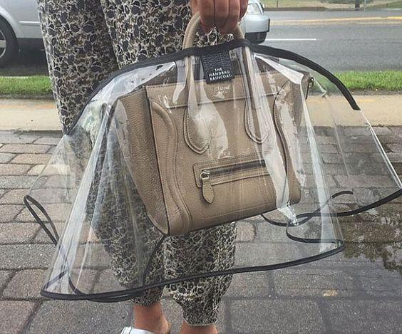 别忘了给包包找个雨衣