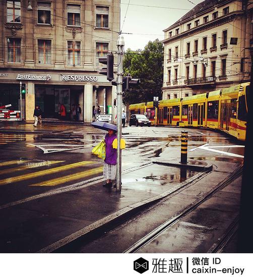 到达巴塞尔恰逢下雨,城市别有一番风味。