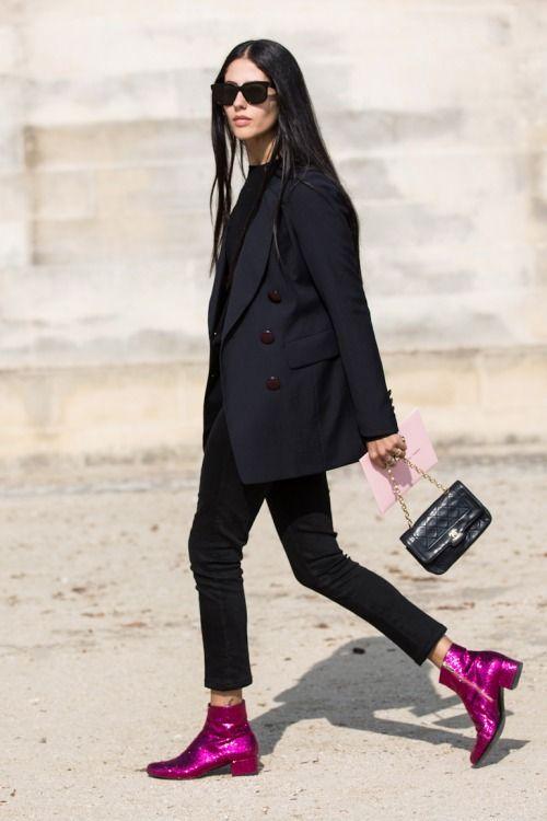 时尚博主穿亮片鞋街拍