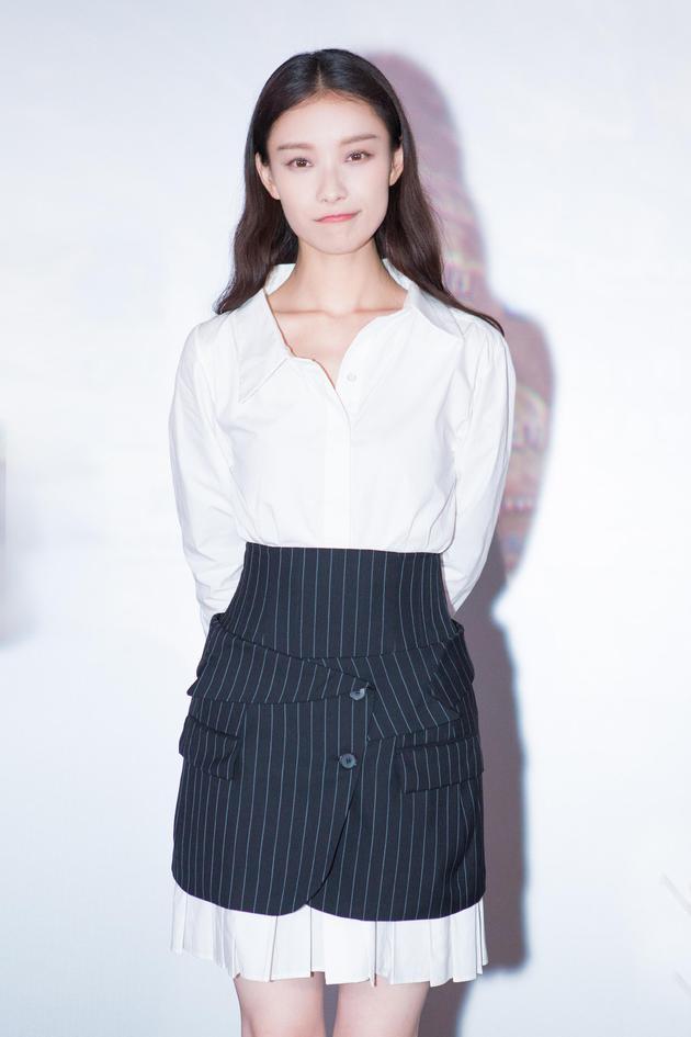 倪妮《悟空传》演绎虐恋 裙装美到犯规