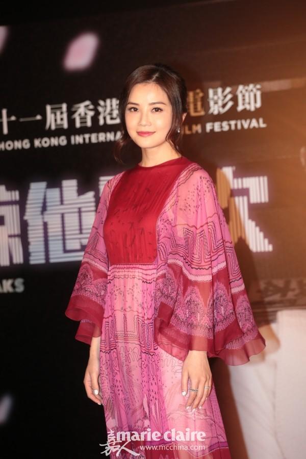 蔡卓妍出席电影首映