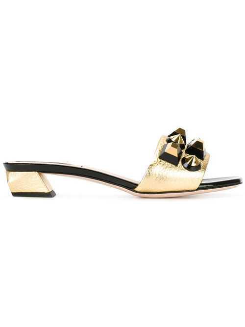 Fendi铆钉凉鞋