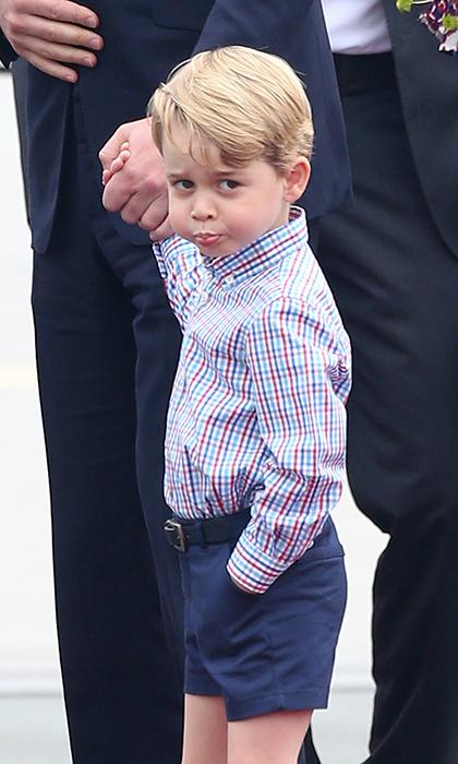乔治小王子上演各种表情包