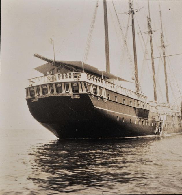 1926年 Flying Cloud游艇