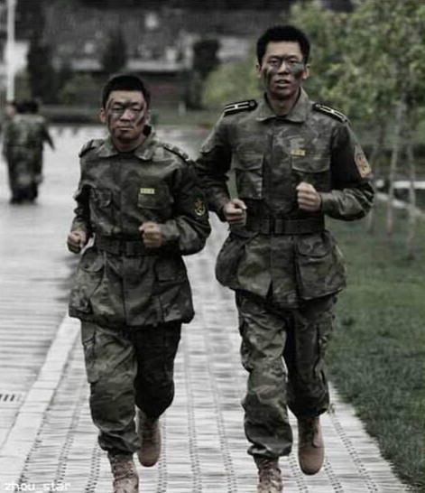 2006年的《士兵突击》