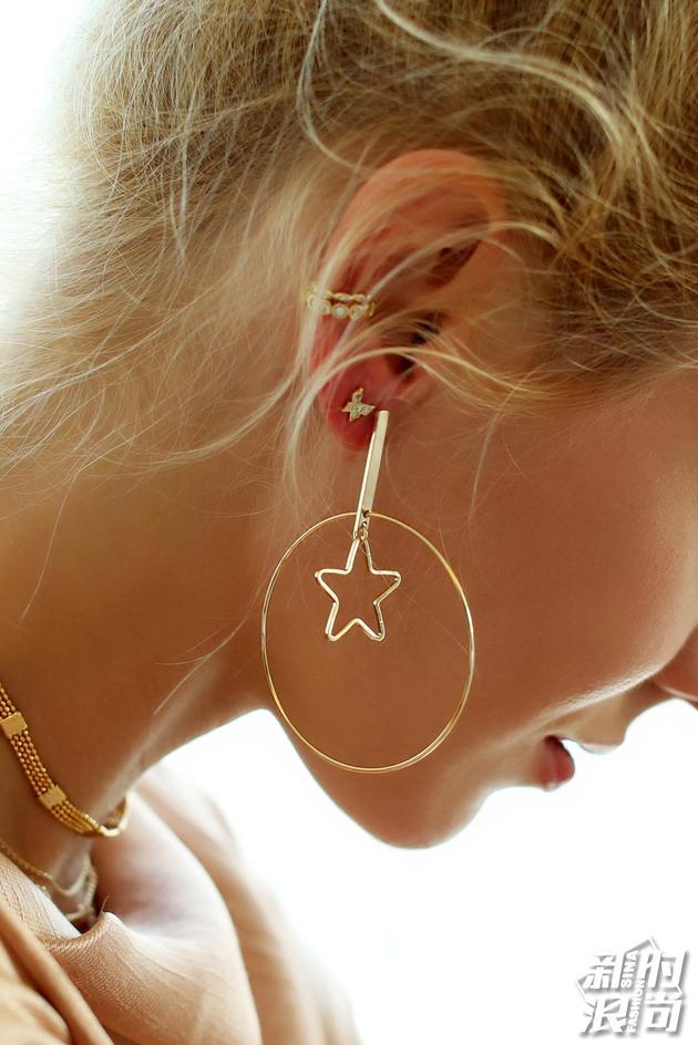 Kace Gold 星星圆圈耳环