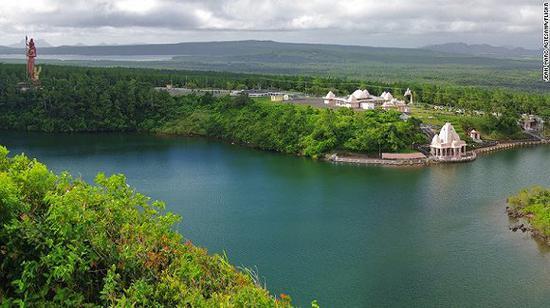 神圣的湖:大巴辛