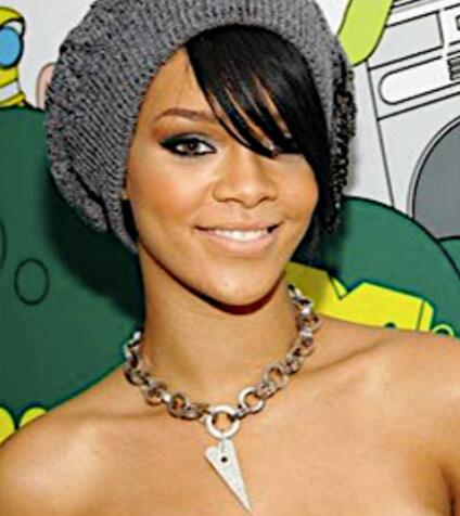 Rihanna(蕾哈娜)