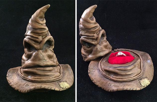 《哈里波特》中的分院帽用来求婚