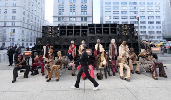 小马哥辟谣:9月纽约时装周的走秀仍照常