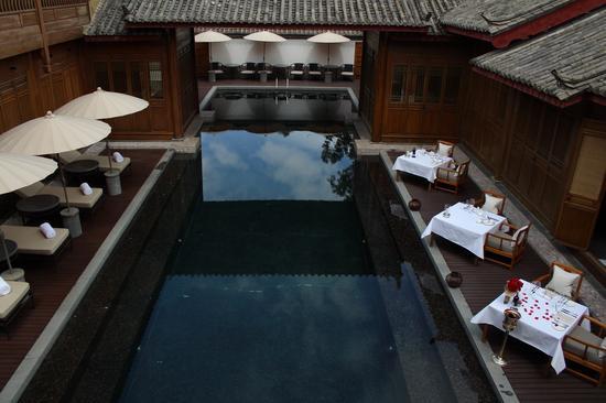 大研安缦-静美泳池