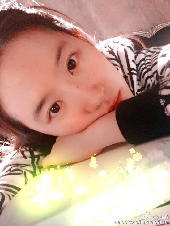 刘亦菲自拍