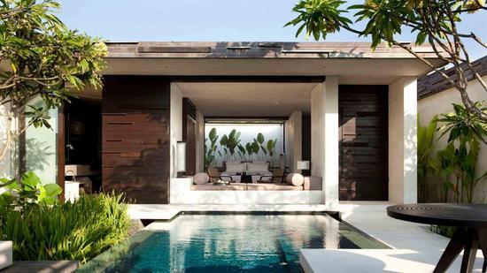 每间客房都自带私人泳池