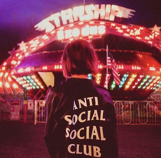 anti social social club风衣