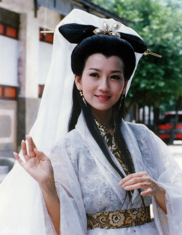 赵雅芝1992年《新白娘子传奇》
