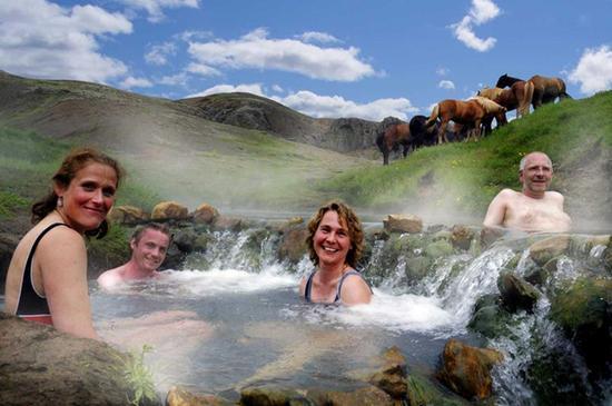 地热温泉是酒店的特色之一