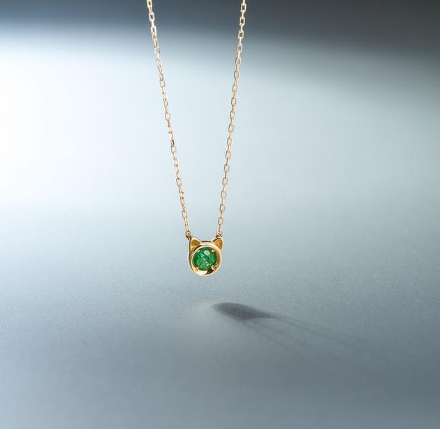 CIRCLE珠宝 18K黄金祖母绿猫脸项链