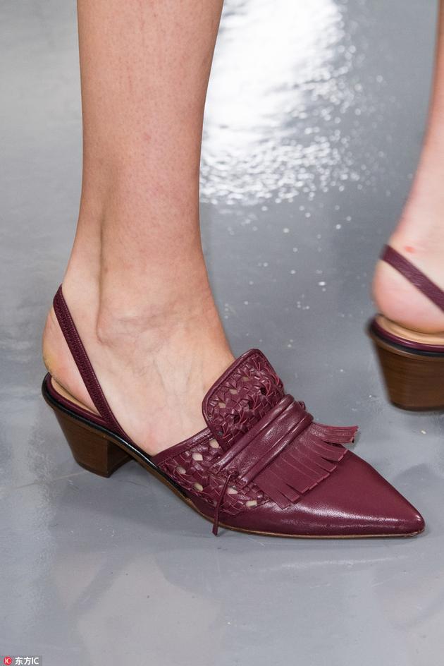 PORTS酒红色复古单鞋