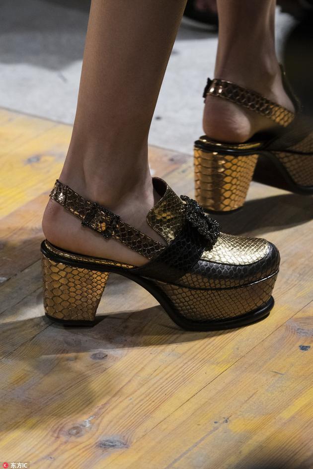 Antonio Marras厚底鞋