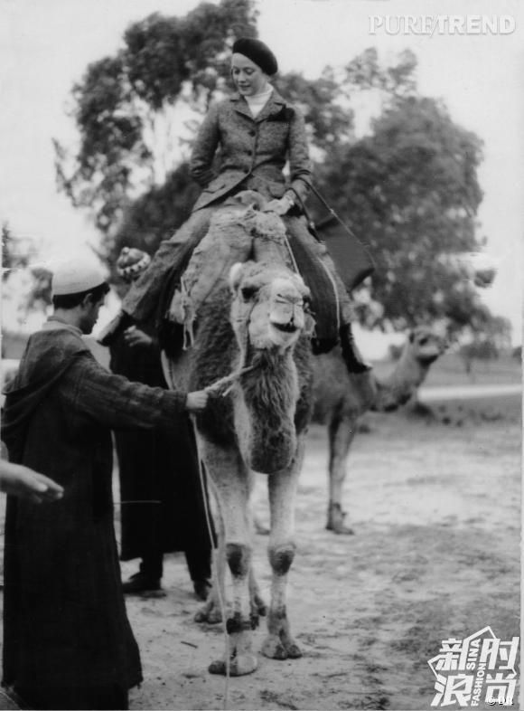 1968年,妮基-圣法尔从摩洛哥寄给马克-博昂的明信片