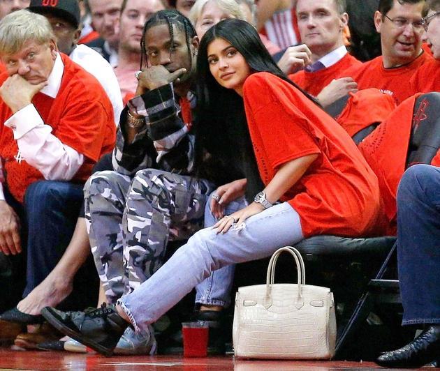 Kylie Jenner和男友