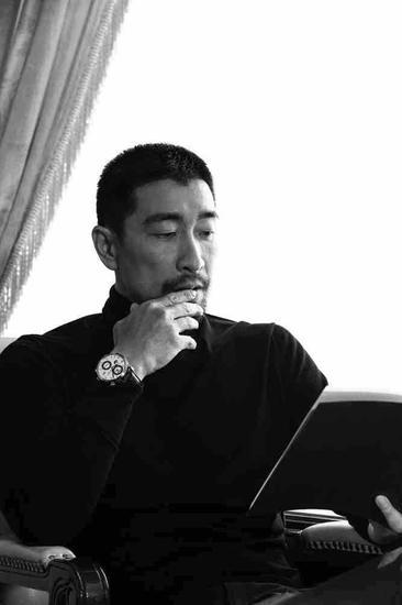 王千源先生佩戴中国SKP限量款议员世界时腕表