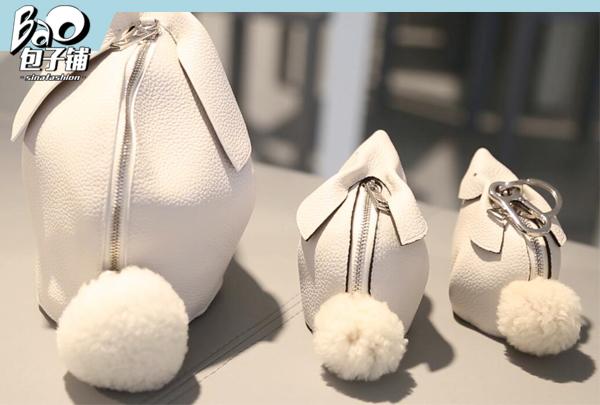 Loewe兔子包包