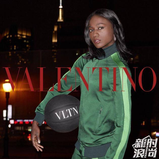 Valentino 2018早春系列广告大片由理查森掌镜