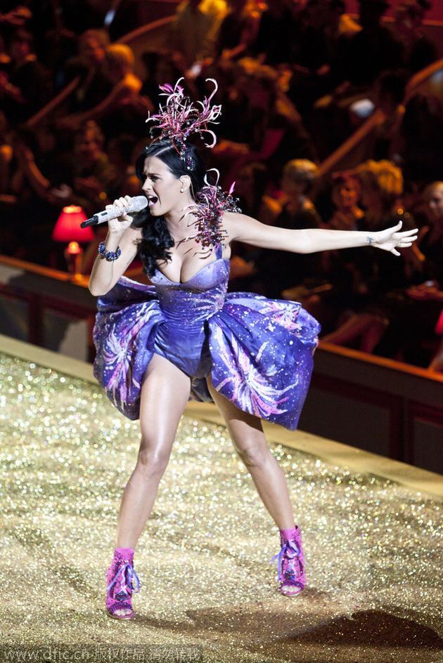 2010年维多利亚的秘密大秀:水果姐