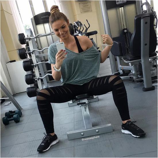 别节食了 健身网红告诉你吃得多瘦得也多